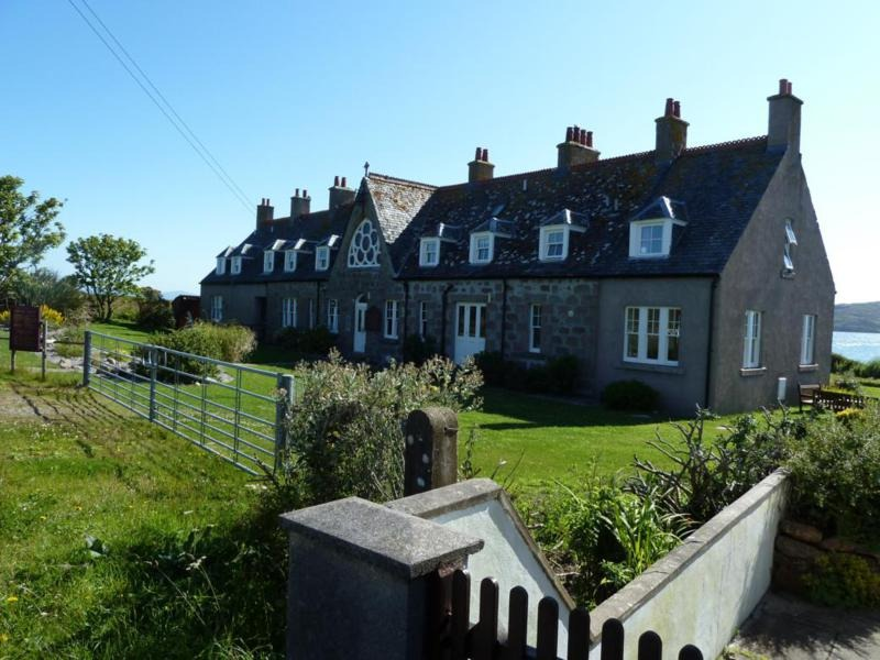 Bishops House Self Catering and retreats