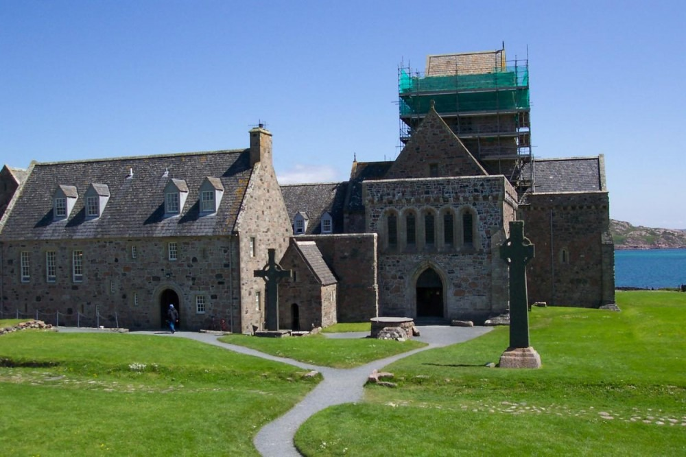 Iona Abbey shops